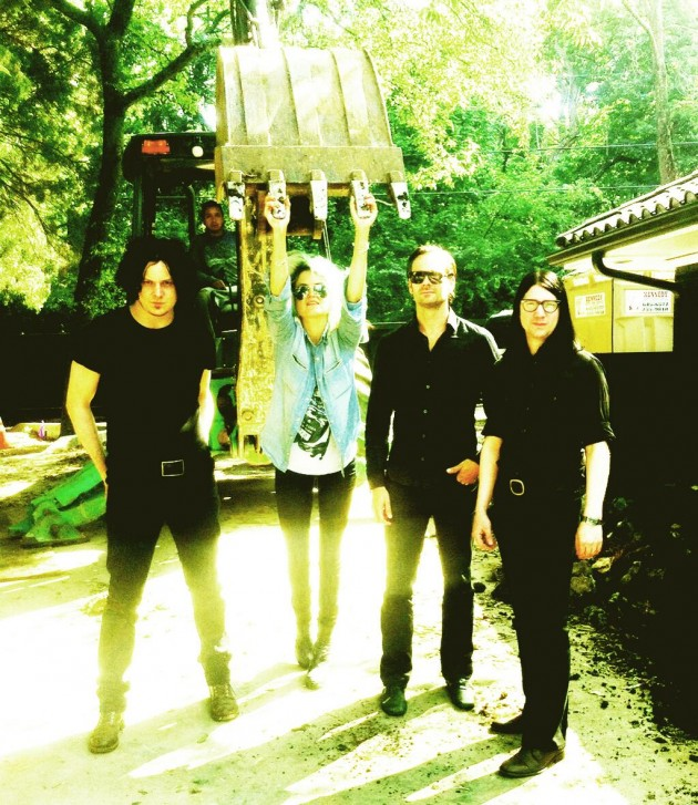 Congamga_The Dead Weather