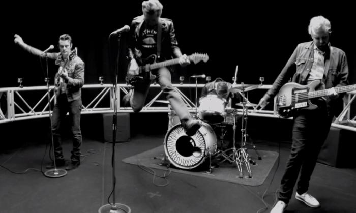 Congamag_Franz Ferdinand - Bullet - Video