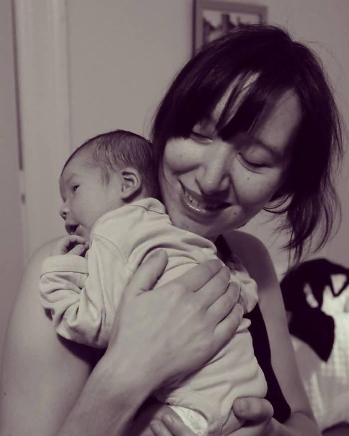 Congamag_Karen O fue mamá